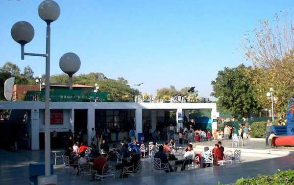 sukhna-lake-chandigarh-cafe