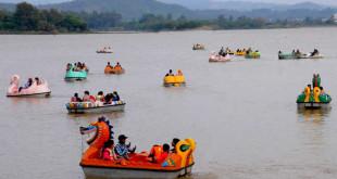 sukhna-lake-boating-chandigarh