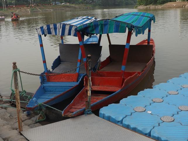 sukhna-lake-shikara