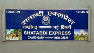chandigarh-new-delhi-shatabdi