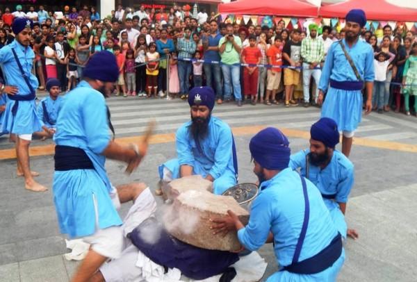 chandigarh-elente-mall-baisakhi-gatka