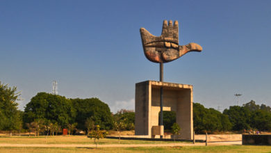 chandigarh-open-hand-monuent