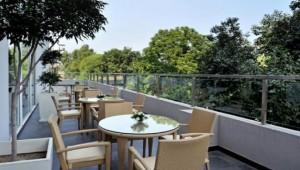 1385386172_terrace-grill