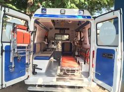 trauma-ambulance-interior-fabrication-250x250