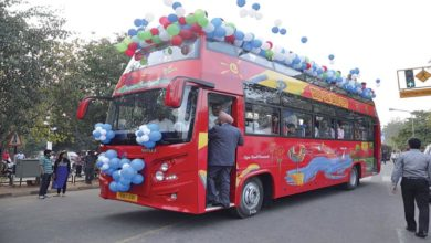 hip-on-hip-off-double-decker-bus-chandigarh