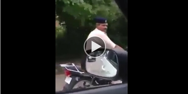 chandigarh-police-without-helmet