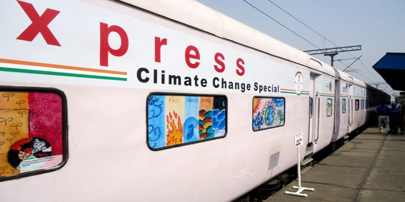 Science-Express-train