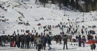 manali-tourist-rush