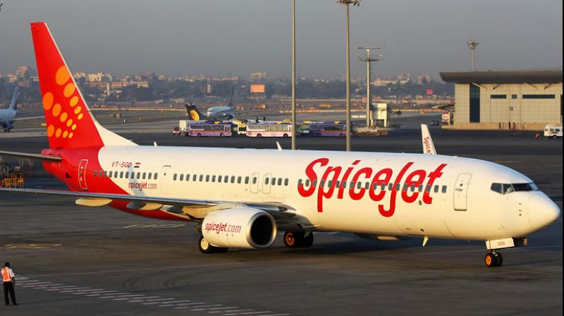 spicejet-plane-12-offer